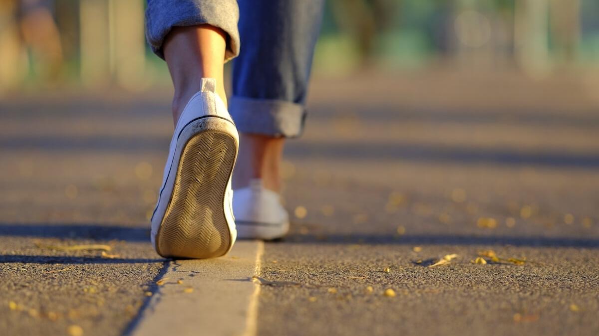 L'uomo che cammina